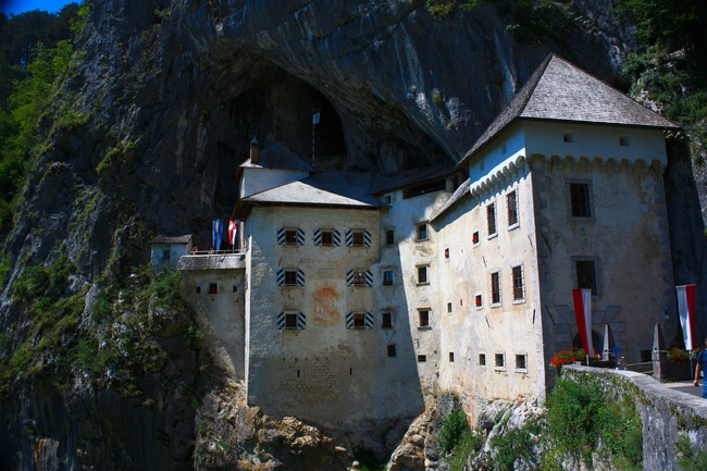 Predjama, un castillo dentro de una cueva